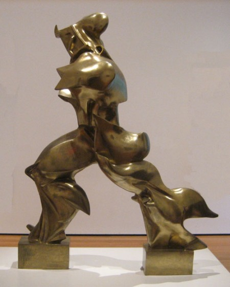 movements-futurism-boccioni-scupture
